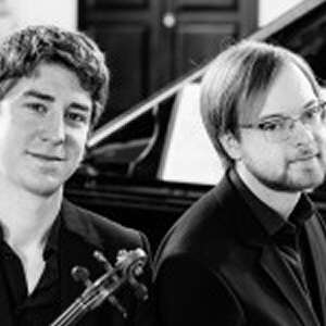 Michael Foyle (violin) and Maksim Štšura (piano)